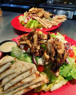 Greek salad with blackened chicken 🤤