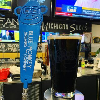 ✨NEW TAP✨ Our friends at the @monkeyseemonkeybrew gave us the pleasure to be the very first bar to tap their beer. Come try their Peanut Butter Porter 5.7 % abv / 44 ibu