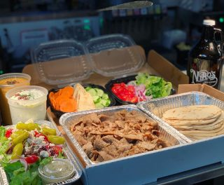 Need dinner plans? Order our Niko's Dinner Box and add one of our growlers filled with any of our 25 taps! $50 •feeds 4-6 people •gyro meat •pita bread •quart of tzatziki •tomatoes, onions, lettuce •quart of hummus •Greek salad or Greek pasta salad